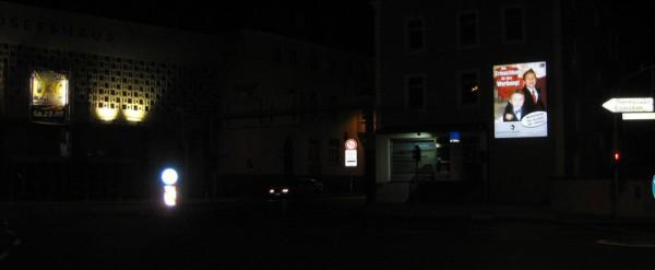 Adolf-Kolping-Platz, 92637 Weiden (nachts)