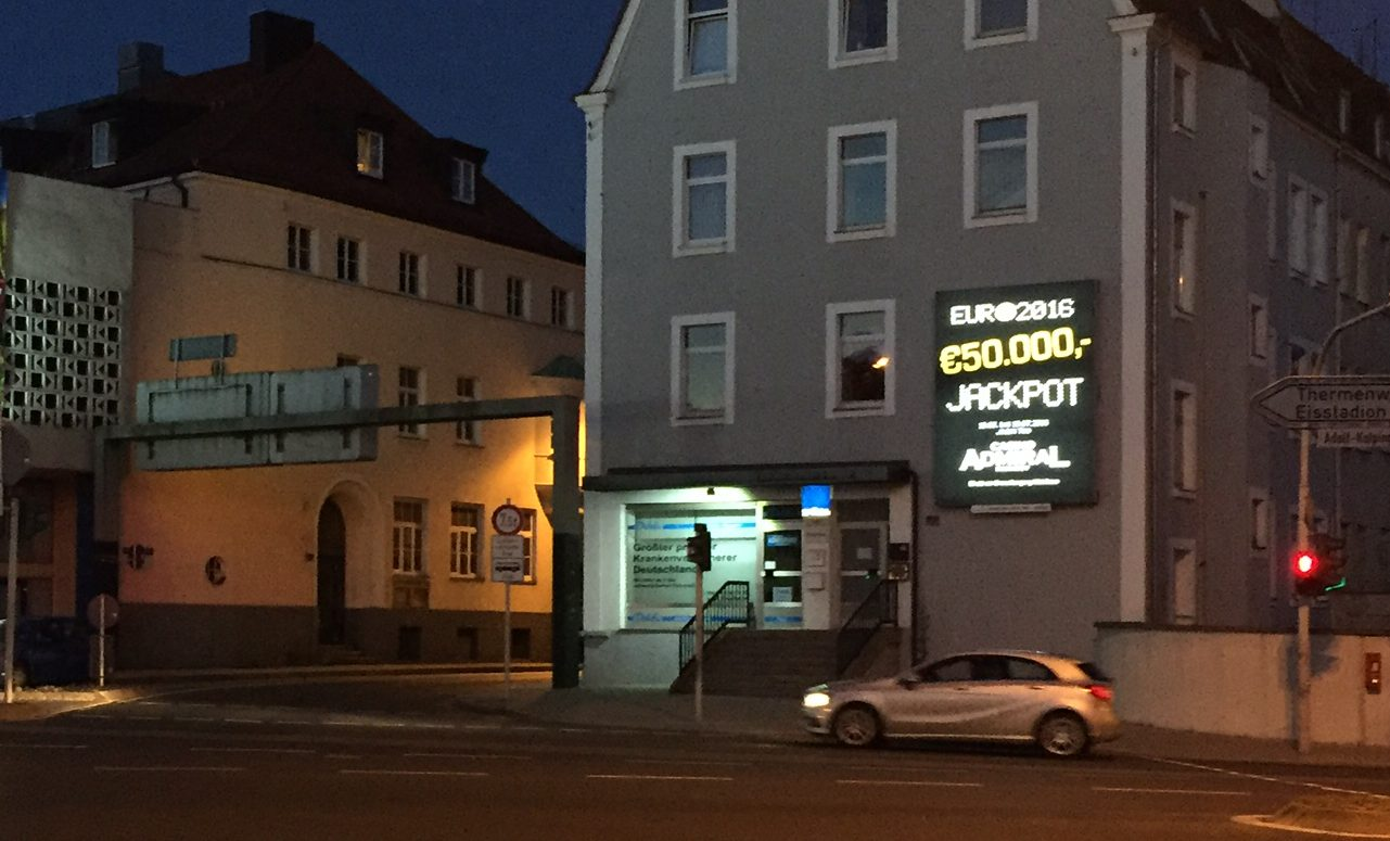 LED-Werbeanlage am Adolf-Kolping-Platz 1, 92637 Weiden